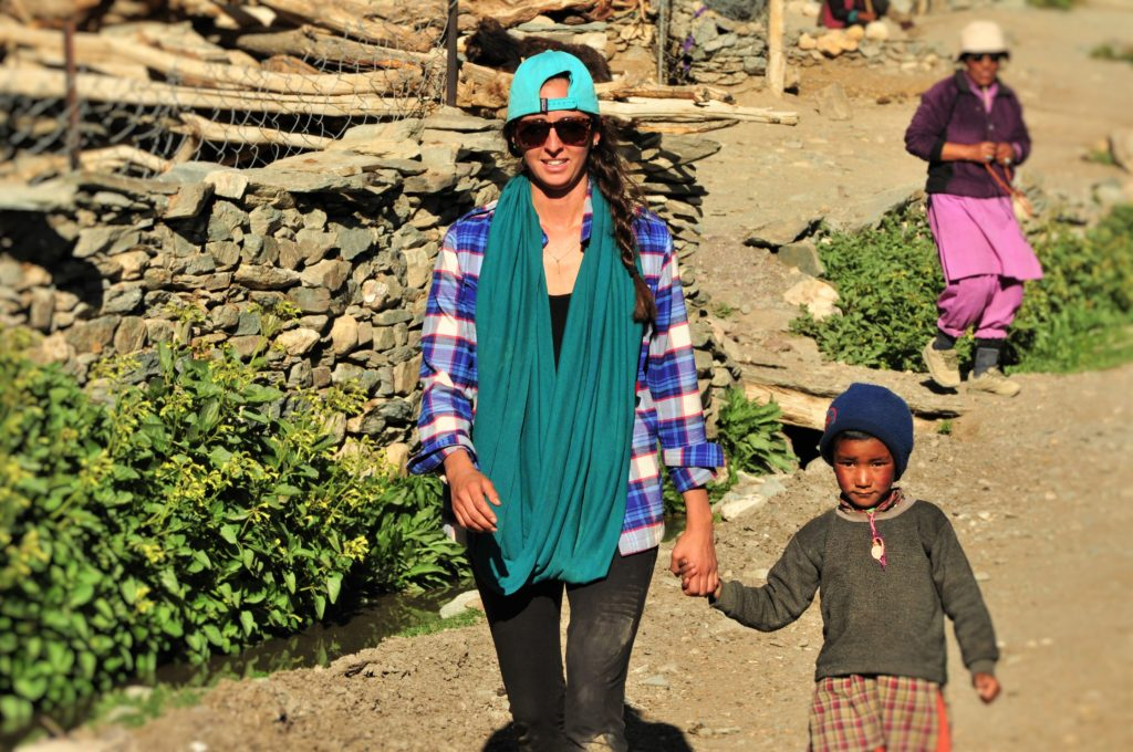 India_Trekking_Aimee_Child
