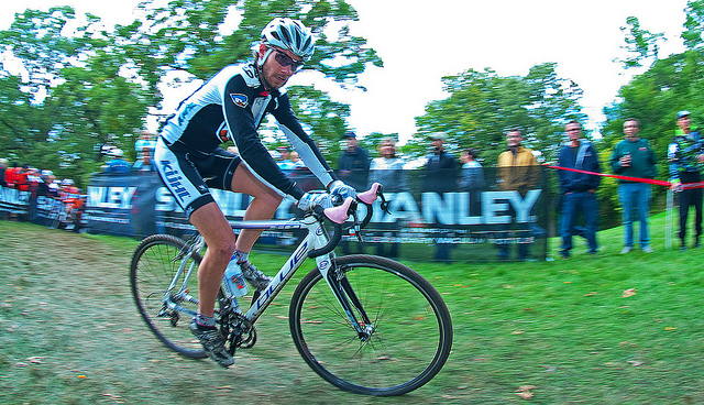 Dallas Fowler Race Image of him cycling