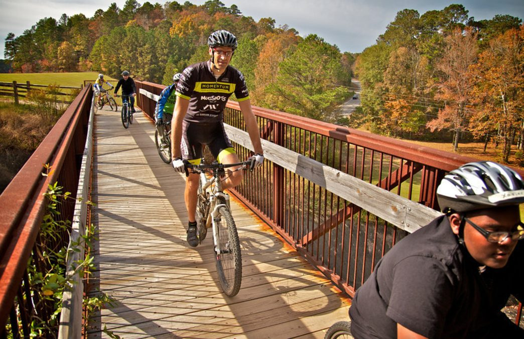 The Magic City's Best Cycling Routes for Fall Foliage