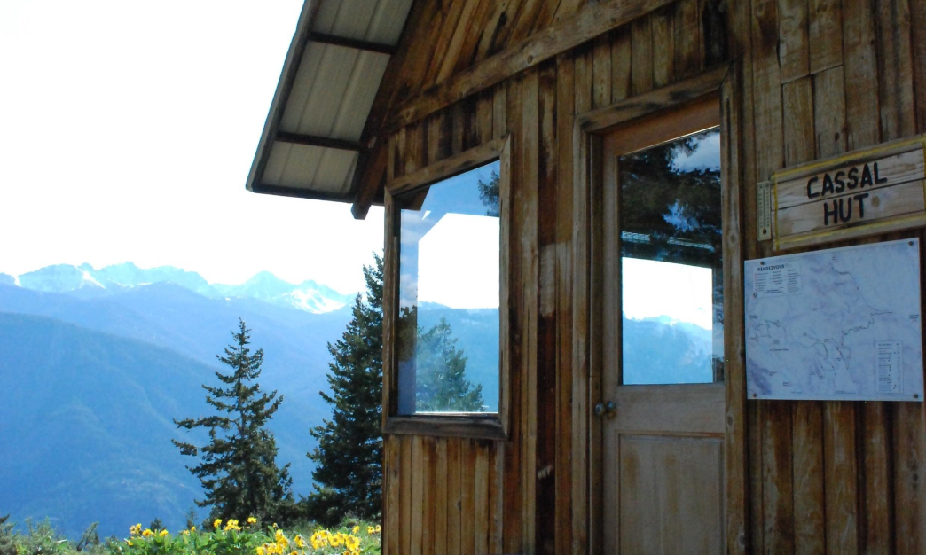 Summer Days in Mountain Huts in Washington