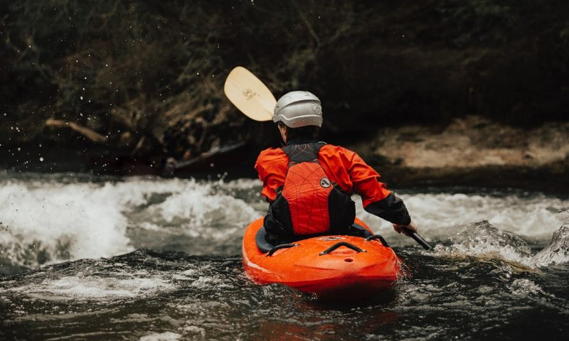 Whitewater Rafting 101 - Featured image