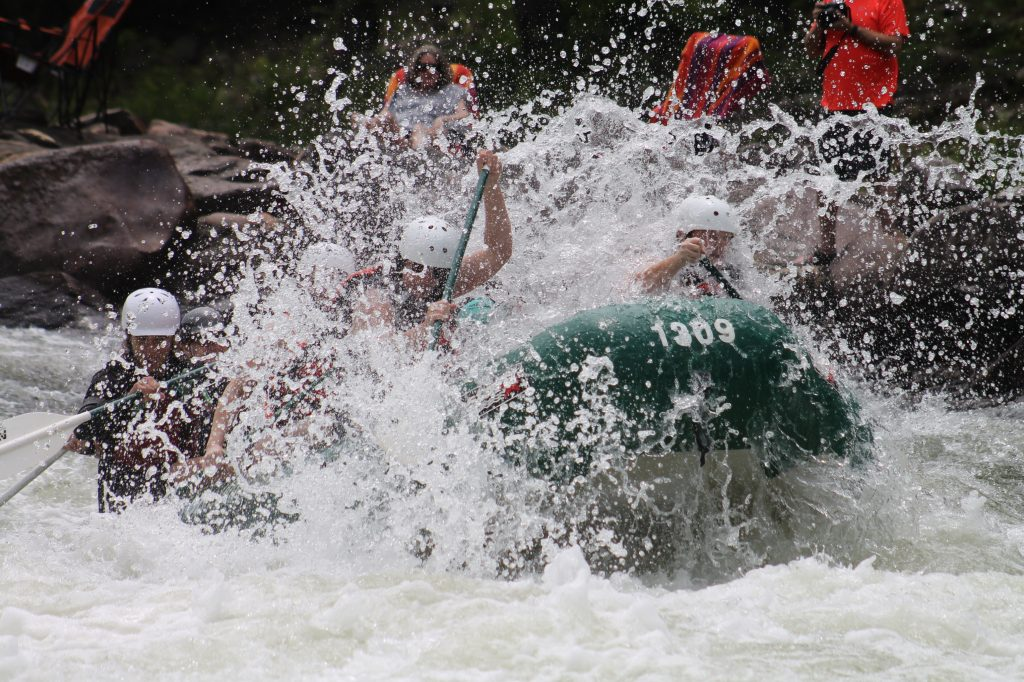 Whitewater Rafting 101 - White Rafting