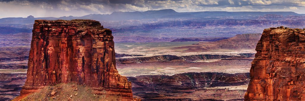 A landscape view of Canyonlands National Park, Utah as photographed by Gary Orona